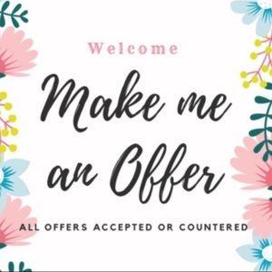 Huge sale! Make me an offer! :)